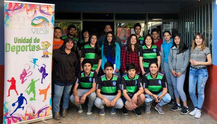 Importante Reunión de trabajo entre Unidad de Deportes y Escuela Municipal  de Balonmano Vilcún ee73308f9b15e